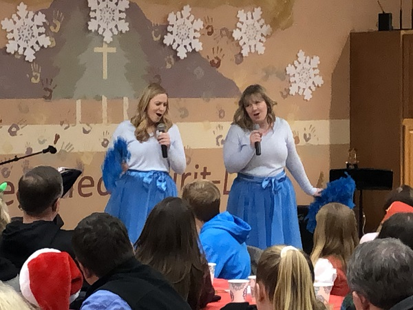 "Variety Show 2018 – ""Sisters, sisters"" from White Christmas"